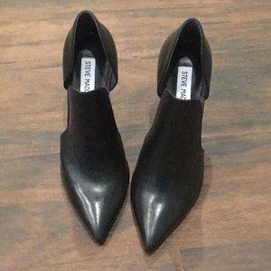 Black leather Steve Madden high heels